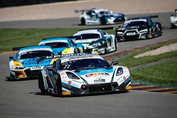 Markus Pommer und Jeffrey Schmidt fuhren am Sonntag auf dem Sachsenring zum Sieg - Foto: ADAC Motorsport