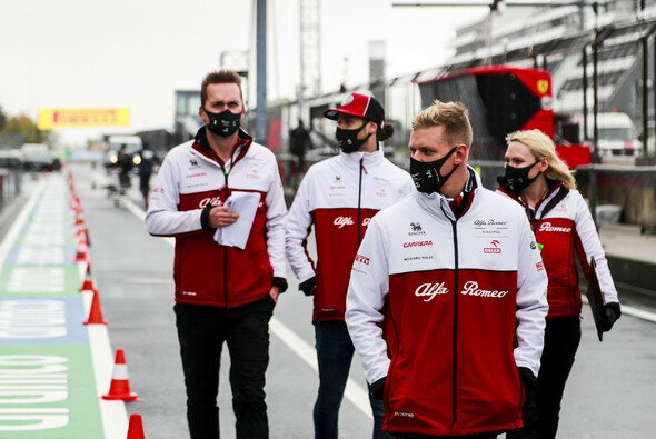 Mick Schumacher am Donnerstag auf dem Nürburgring - Foto: LAT Images
