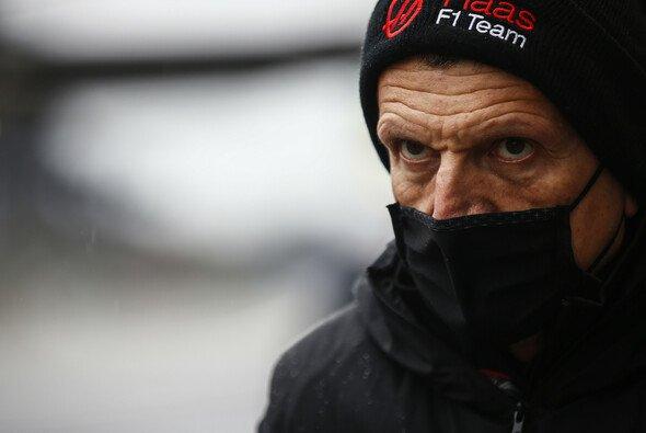 Günther Steiner erklärt die Fahrerplanungen des Haas F1 Teams - Foto: LAT Images