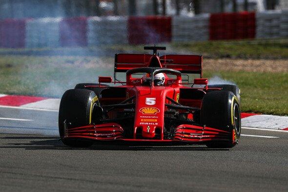 Nach einem Dreher im letzten Sektor im FP3 (Bild) kämpfte Sebastian Vettel im Qualifying mehr in Sektor eins - Foto: LAT Images