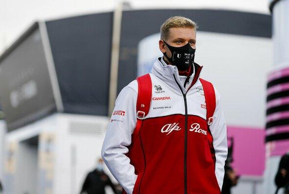Mick Schumacher im Alfa-Romeo-Dress: Bewahrheiten sich die Gerüchte? - Foto: LAT Images