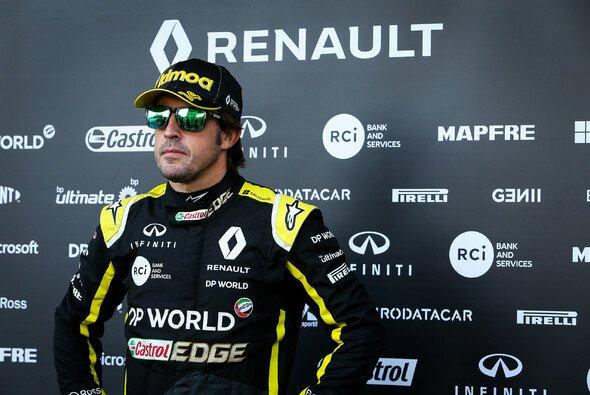 Fernando Alonso giert nach den jüngsten Erfolgen Renaults bereits auf sein Formel-1-Comeback 2021 - Foto: Renault F1 Team