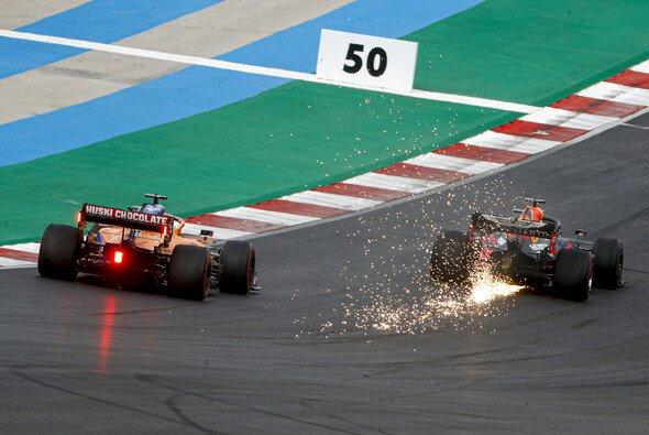 Max Verstappen verlor schon in der Startrunde jegliche Siegchance - Foto: LAT Images