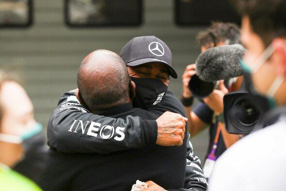 Lewis Hamilton siegt in Portugal und sammelt damit seinen 92. Formel-1-Sieg. - Foto: LAT Images