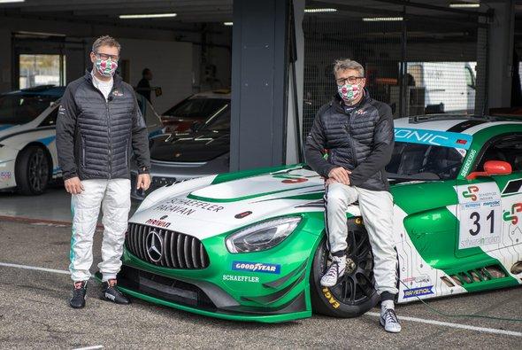 Bernd Mayländer und Bernd Schneider starten im Steer-by-Wire-Mercedes - Foto: Paravan
