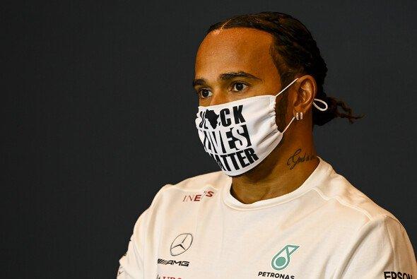 Lewis Hamilton setzt sich in der Formel 1 für soziale Gerechtigkeit ein - Foto: LAT Images