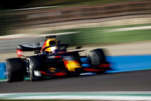 Max Verstappen ärgert sich in Imola über ein durchwachsenes Qualifying - Foto: LAT Images
