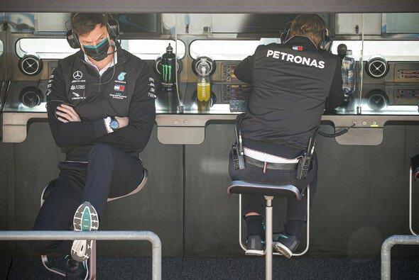 Formel 1 mit Maske und Trennwand: 2020 normal - Foto: LAT Images