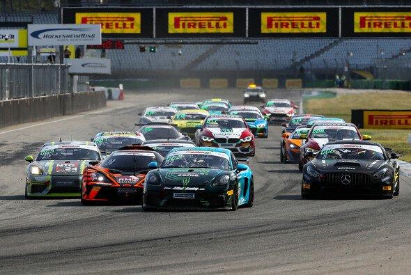 2021 findet das Finale der ADAC GT4 Germany auf dem Hockenheimring Baden-Württemberg statt - Foto: ADAC GT4 Germany