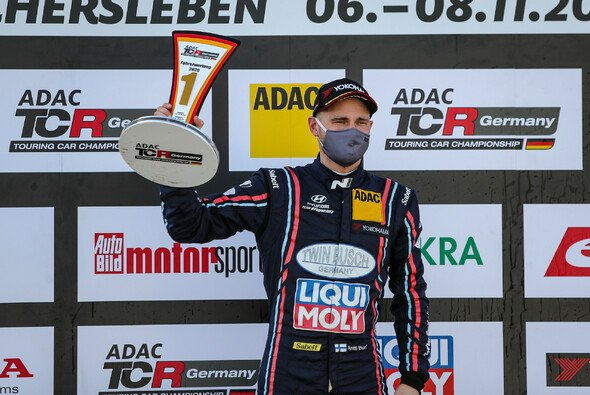 Antti Buri ist der neue Champion der ADAC TCR Germany - Foto: ADAC TCR Germany