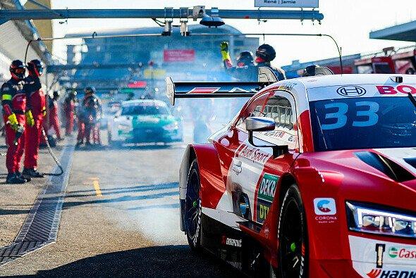Rene Rast gewann in Hockenheim seinen dritten DTM-Titel innerhalb von vier Jahren - Foto: Audi Communications Motorsport