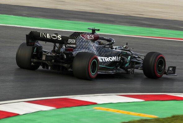 Lewis Hamilton ist von den Zuständen beim Formel-1-Rennen in der Türkei genervt - Foto: LAT Images