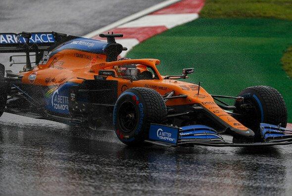 Die McLaren-Fahrer kamen mit den Bedingungen in Istanbul nicht zurecht. - Foto: LAT Images