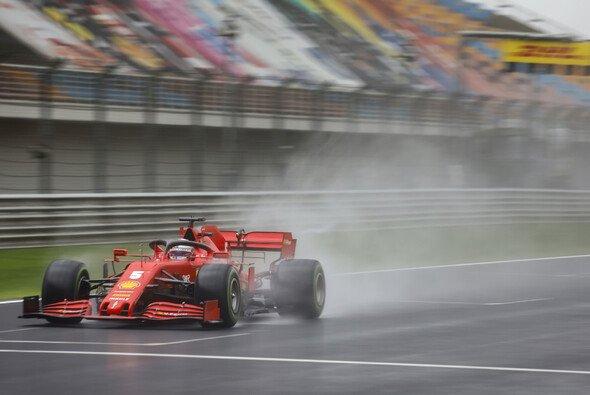Sebastian Vettel konnte beim Türkei-Qualifying Teamkollege Charles Leclerc abhängen - Foto: LAT Images