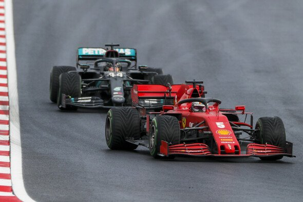 Sebastian Vettel kostete Lewis Hamilton fast den Sieg beim Türkei GP - Foto: LAT Images