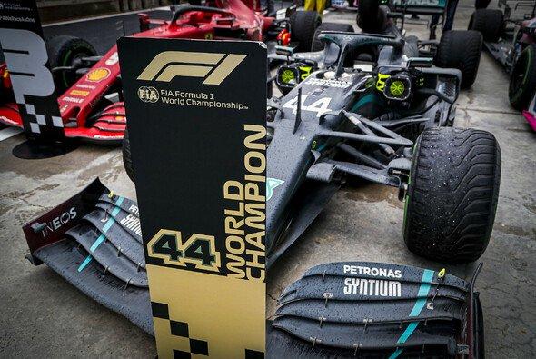 Ist Lewis Hamilton nur dank des überlegenen Mercedes Formel-1-Rekordweltmeister? - Foto: LAT Images