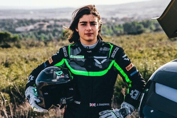 Jamie Chadwick startet 2021 mit Veloce Racing in der Extreme E - Foto: Veloce Racing