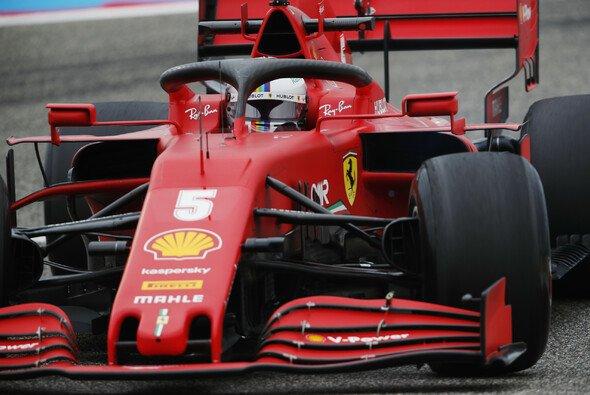 Sebastian Vettel hält nicht viel von Pirellis neuester Entwicklung - Foto: LAT Images
