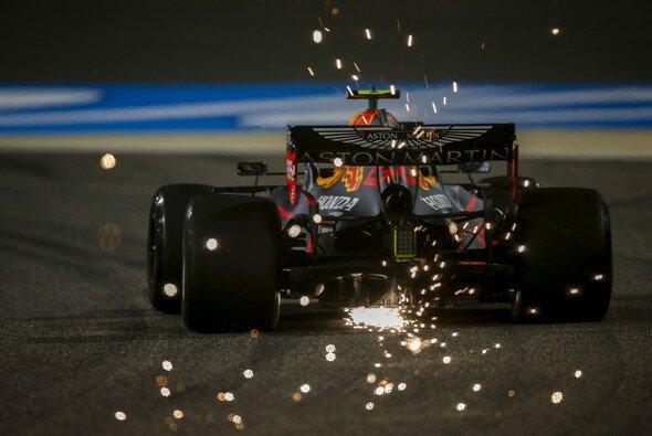 Red Bull gab auf den Longruns im Training für das Formel-1-Rennen in Bahrain den Ton an - Foto: LAT Images