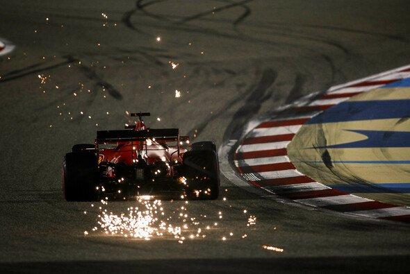 Ferrari war am Freitag der Formel 1 für den Sakhir GP völlig neben der Spur - Foto: LAT Images