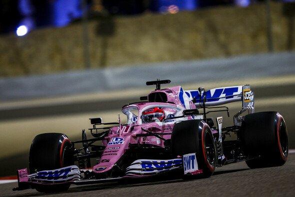 Sergio Perez hat seinen ersten Sieg eingefahren - Foto: LAT Images
