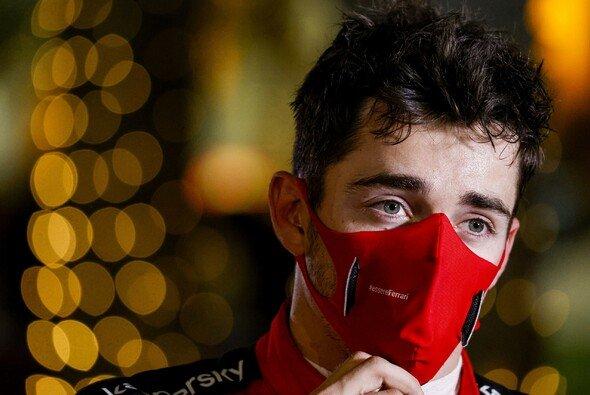 Charles Leclerc akzeptierte seine Strafe für die Startkollision beim Formel-1-Rennen in Bahrain - Foto: LAT Images