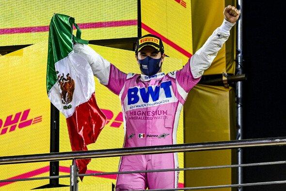 Sergio Perez feierte in Bahrain im 190. Rennen in der Formel 1 seinen ersten Sieg - Foto: LAT Images