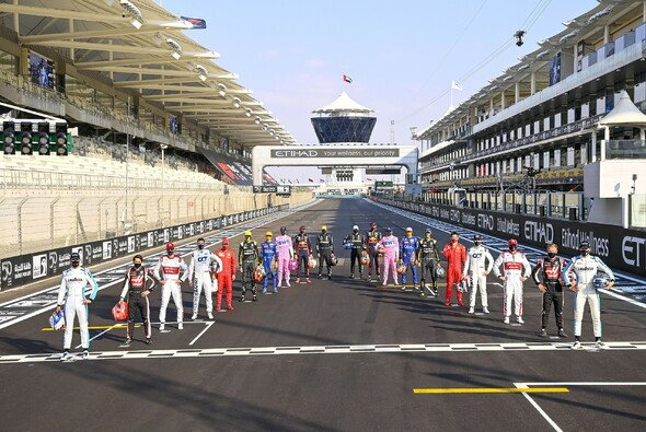 Wie sieht das Formel-1-Fahrerfoto (hier Abu Dhabi 2020) in der Saison 2022 aus? - Foto: LAT Images