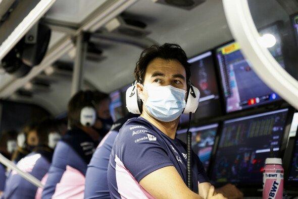 Kein Saisonfinale nach Maß: Sergio Perez scheidet bei seinem letzten Rennen für Racing Point früh aus. - Foto: LAT Images
