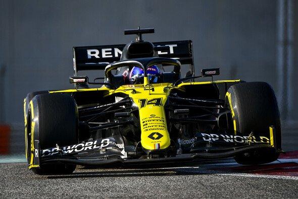 Beim Young Driver Test in Abu Dhabi fuhr Fernando Alonso den aktuellen Renault R.S.20 - Foto: LAT Images