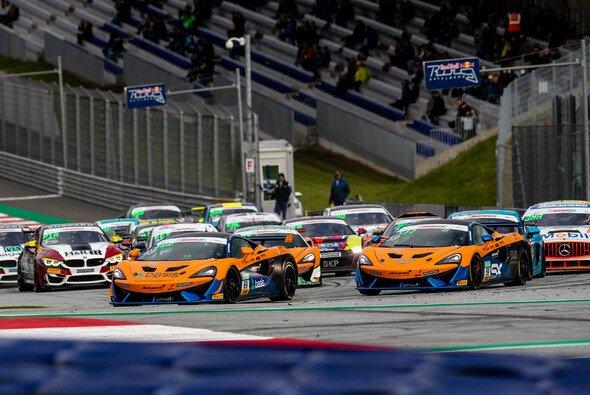 Die drei McLaren von Dörr Motorsport auf dem Red Bull Ring - Foto: ADAC Motorsport
