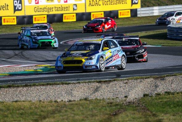 Im fünften Anlauf zum ersten Titel: Antti Buri - Foto: ADAC Motorsport