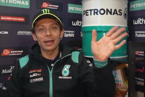 Valentino Rossi meldet sich mit einer Grußbotschaft - Foto: Petronas Yamaha/Screenshot