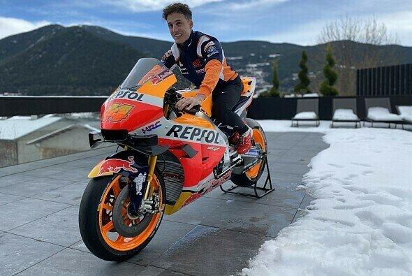 Pol Espargaro saß bereits auf seiner Honda - Foto: Repsol Media