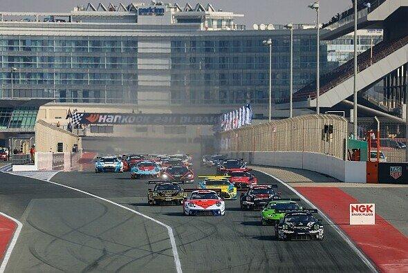 Das 24-Stunden-Rennen von Dubai wurde zum 16. Mal ausgetragen - Foto: Petr Fryba / 24H SERIES