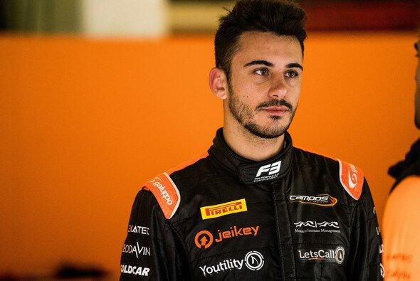 Alessio Deledda darf 2021 in der Formel 2 weitermachen - Foto: LAT Images