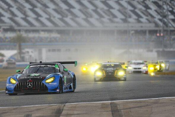 Maro Engel und Mercedes erobern Klassensieg in Daytona - Foto: LAT Images