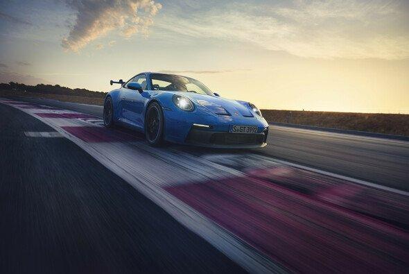 Der neue Porsche 911 GT3 hat auf der Nordschleife eine wichtige Marke unterschritten - Foto: Porsche