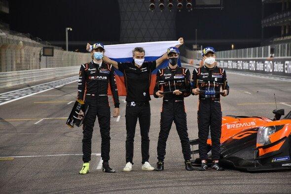 Rene Binder gewann in Abu Dhabi mit seinen Teamkollegen Ferdinand Habsburg und Yifei Ye den Titel - Foto: G-Drive Racing