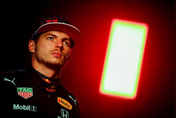 Max Verstappen ist von Red Bulls neuer Formel-1-Perspektive samt eigener Motoren angetan - Foto: Red Bull