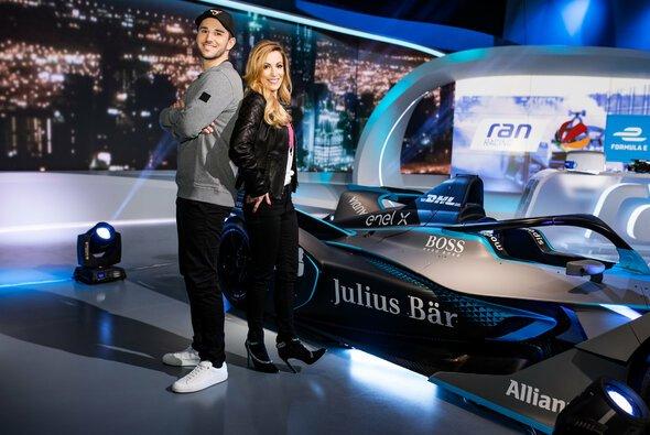 Daniel Abt und Andrea Kaiser gehören zum ran-Team von Sat.1 bei der Formel E - Foto: Sat.1