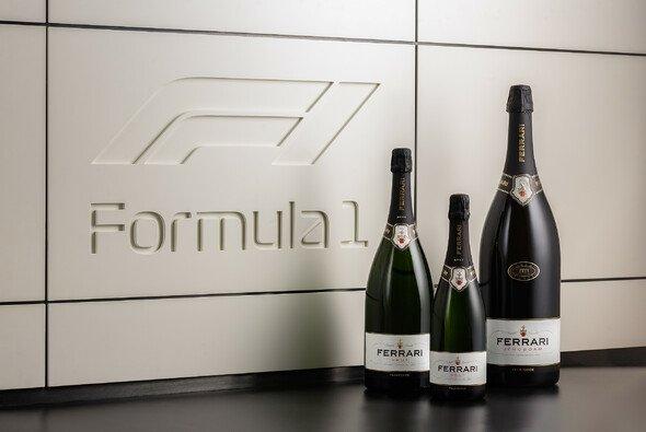 Die Formel 1 wechselt für 2021 das Podiums-Getränk - Foto: F1 / Ferrari Trento