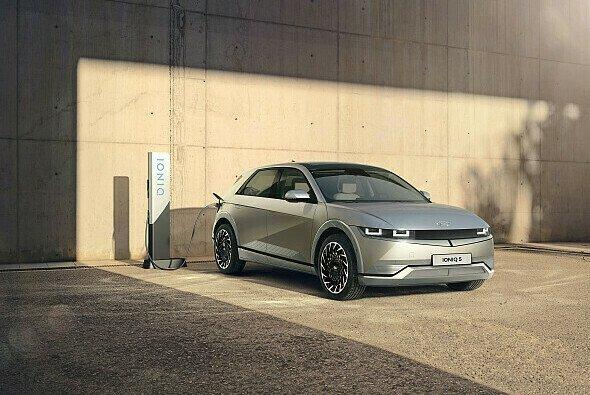 Das Serienmodell des Ioniq 5 unterscheidet sich nur in wenigen Bereichen von der 2019 vorgestellten Studie - Foto: Hyundai