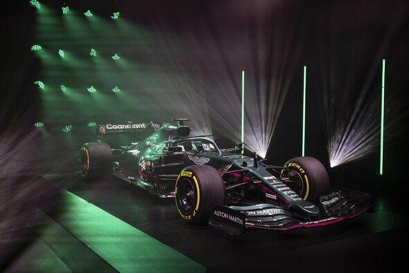 Sebastian Vettel startet in der Formel 1 2021 mit dem Aston Martin AMR21 in einen neuen Karriereabschnitt - Foto: Aston Martin