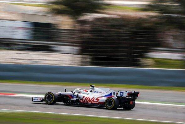 Haas absolvierte am Donnerstag vor den Formel-1-Testfahrten den Shakedown des VF-21 - Foto: Haas/Twitter