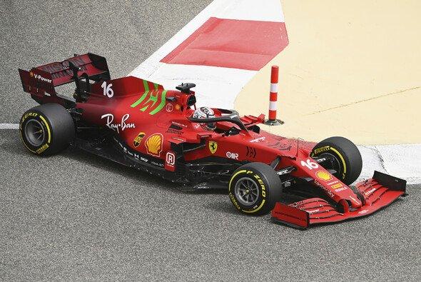 Ferrari beim Formel-1-Test in Bahrain: Trotz eines Schreckmoments läuft bisher alles nach Plan - Foto: LAT Images