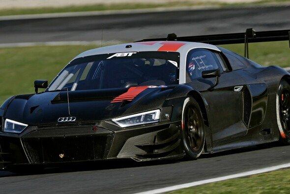 Gut zu sehen: Reifen mit Hankook-Branding auf dem Audi R8 LMS GT3 von Abt Sportsline - Foto: Audi Sport/Twitter
