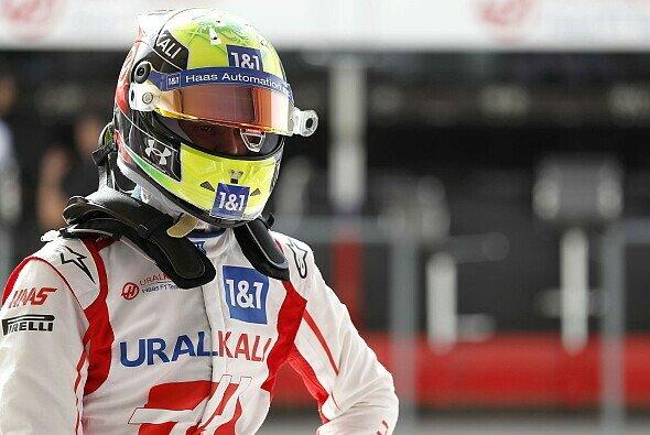 Mick Schumacher wird 2021 bei Haas kaum Punkte-Chancen haben: Wie geht es dabei seiner Motivation? - Foto: LAT Images