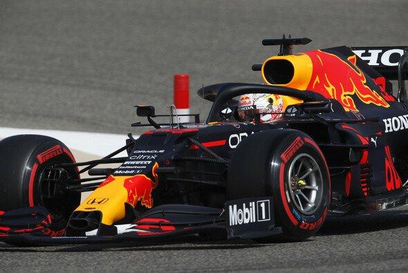 Max Verstappen holt die erste Trainingsbestzeit der Formel-1-Saison 2021 - Foto: LAT Images
