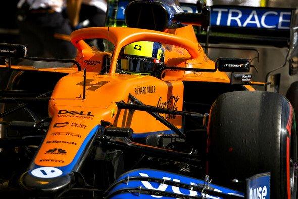 McLaren-Pilot Lando Norris war am Freitag in Bahrain trotz schneller Zeiten unzufrieden - Foto: LAT Images